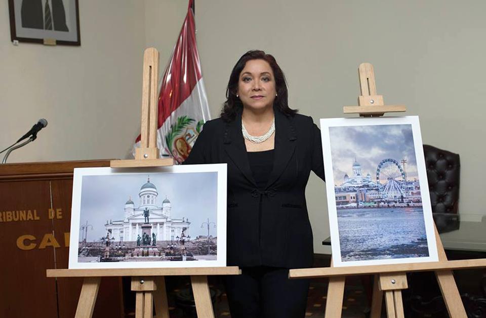La Dra. Fara Lino Calderon y sus fotografias en HELSINKI